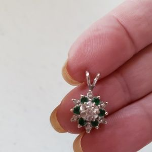 Genuine emerald & diamonds set in 14k white gold